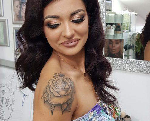 13 makeup machiaj macheaj machiat scoala de make up make up artist salon Campina coafor