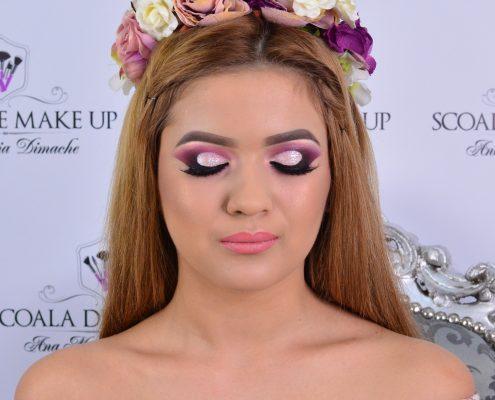 17 makeup machiaj macheaj machiat scoala de make up make up artist salon Campina coafor