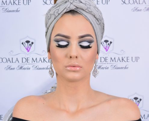 23 makeup machiaj macheaj machiat scoala de make up make up artist salon Campina coafor
