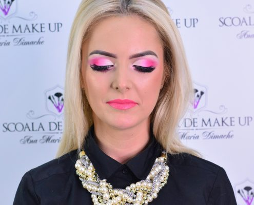 30 makeup machiaj macheaj machiat scoala de make up make up artist salon Campina coafor