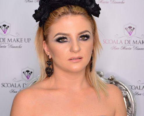 33 makeup machiaj macheaj machiat scoala de make up make up artist salon Campina coafor