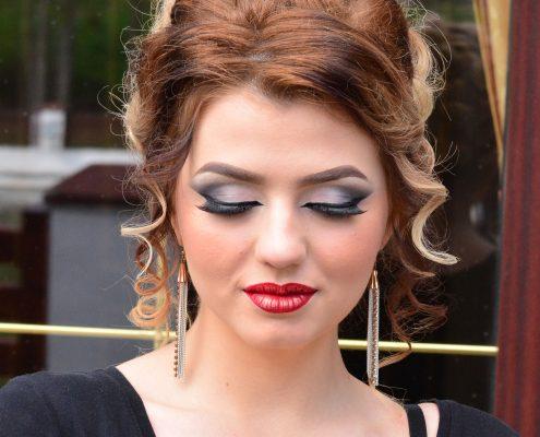 34 makeup machiaj macheaj machiat scoala de make up make up artist salon Campina coafor