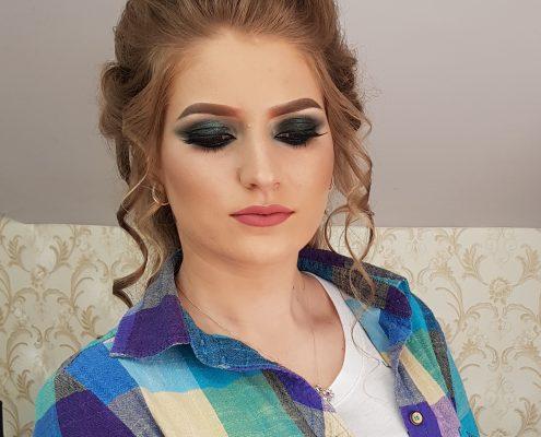 35 makeup machiaj macheaj machiat scoala de make up make up artist salon Campina coafor