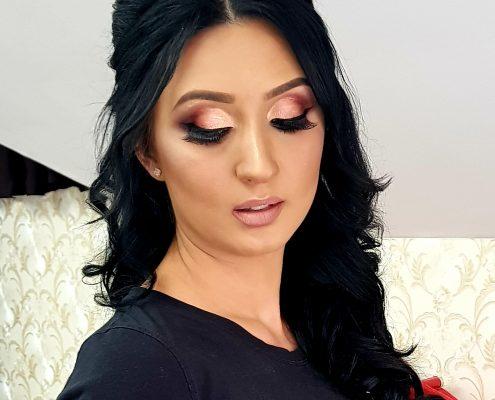 38 makeup machiaj macheaj machiat scoala de make up make up artist salon Campina coafor