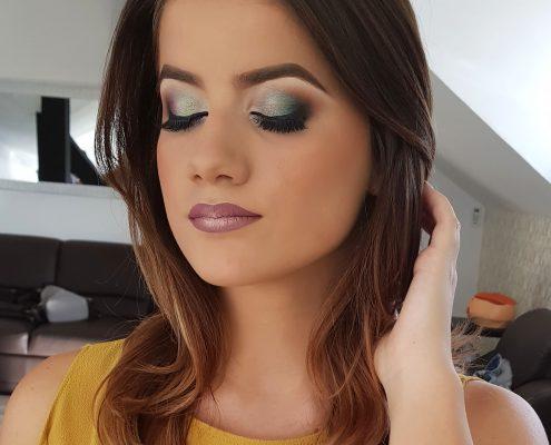 4 makeup machiaj macheaj machiat scoala de make up make up artist salon Campina coafor