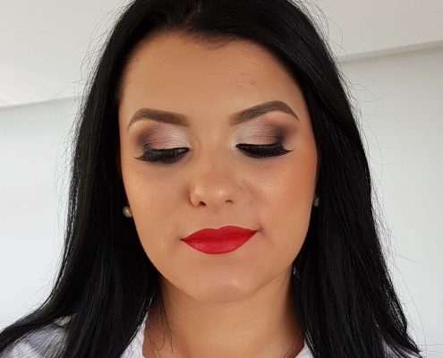 49 makeup machiaj macheaj machiat scoala de make up make up artist salon Campina coafor
