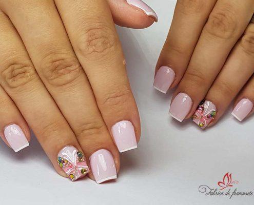 unghii gel unghii tehnice manichiura gel salon Campina coafor 12