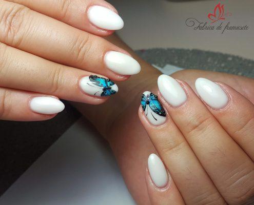 unghii gel unghii tehnice manichiura gel salon Campina coafor 60